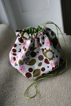 DIY- Drawstring Pouch- a great idea for toys,  use as a overnight bag, individual beach bag, etc.