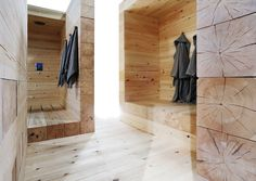 Modern Finnish Design Sauna Kyly by Avanto Architects Kyly is a massive wood sauna designed by Avanto Architects from Helsinki . Helsinki, House Paint Interior, Interior Design, Modern Saunas, Sauna Design, Finnish Sauna, Spa Rooms, Cozy House, House Painting