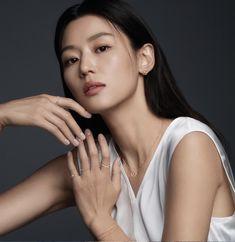 Jun Ji Hyun Makeup, Her Smile, Korean Actresses, Korean Women, Celebs, Photoshoot, Actors, Female, Portrait