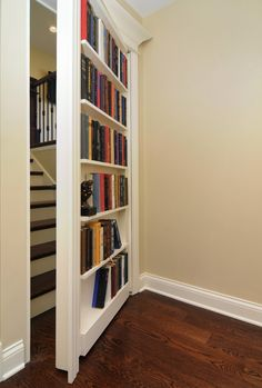 Ii only really like the secret door.I'd like to see what is behind it SECRET DOOR – Psst! 5 Hidden Storage Tactics That No One Ever Saw Coming Redo Stairs, Attic Stairs, Attic Floor, Attic Ladder, Traditional Staircase, Bookcase Door, Secret Door Bookshelf, Staircase Bookshelf, Staircase Design