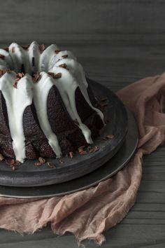 Bundt cake de chocolate y ron - Lost in Cupcakes