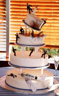 Gangster Tiered Wedding Cake    Hilarious!