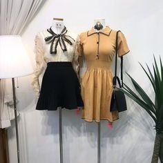 แฟชั่นสไตล์เกาหลี ต้อนรับฤดูใบไม้ร่วง สายเกาต้องเลิฟ Indie Outfits, Cute Outfits, Fashion Outfits, Womens Fashion, Fashion Sets, Female Fashion, Ulzzang Fashion, Korean Fashion, Baby Doll Clothes