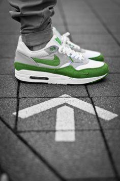 #green #nike #airmax