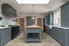 Hampton Court Kitchen   deVOL Kitchens