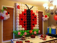 Fun Ladybug Party Decoration with latex balloons.  Would be so easy to recreate!
