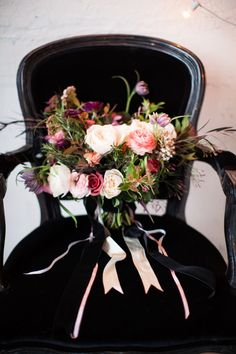 Winter bridal bouquet | Wedding & Party Ideas | 100 Layer Cake