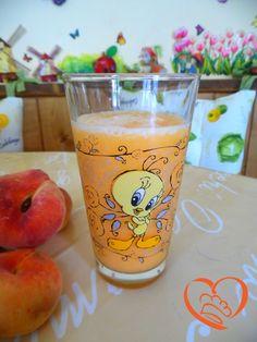 Frullato di melone http://www.cuocaperpassione.it/ricetta/c32c1f4c-9f72-6375-b10c-ff0000780917/Frullato_di_melone