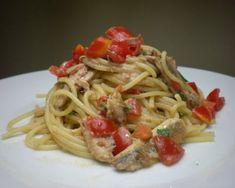 Spaghetti con alici fresche e finocchietto Fish Recipes, Gourmet Recipes, Pasta Recipes, Arancini, Pasta Bake, Linguine, Gnocchi, Lasagna, Love Food