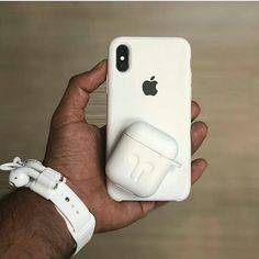 As Simple as White! 🤔 Comment below.⬇️ Tag an Apple Lover. - Technology and Science 2019 Cute Phone Cases, Iphone Phone Cases, Iphone 11, Samsung, Iphone App Layout, Apple Watch Fashion, Iphone Macbook, Phone Accesories, Aesthetic Phone Case