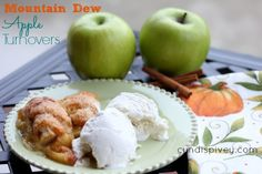 Mountain Dew Apple Turnovers--sounds crazy but totally delicious! I mixed 1 tsp of cinnamon into the butter/sugar mixture. Yummy Treats, Delicious Desserts, Sweet Treats, Apple Turnovers, Apple Pies, Good Food, Yummy Food, Fun Food, Progressive Dinner
