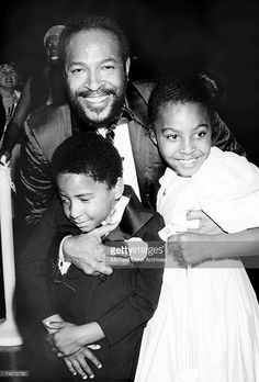 Soul singer Marvin Gaye hugs his children, Nona Gaye and Frankie Chirstian Gaye at an event in circa Get premium, high resolution news photos at Getty Images Soul Artists, Music Artists, Nona Gaye, Black Celebrities, Foreign Celebrities, Celebs, Soul Singers, Toni Braxton, Idole