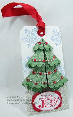 12 Tags of Christmas, scallop circle Christmas Tree