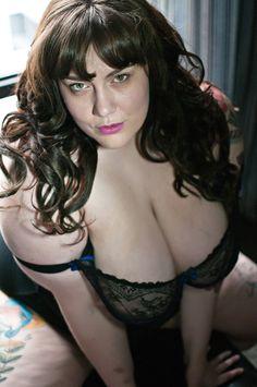 The beautiful Faye Daniels©Echo Gardiner Boudoir Photos, Female Bodies, Boobs, Wonder Woman, Tumblr, Sexy, People, Smile, Beautiful