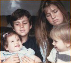 Prinses Máxima met haar broertjes en zusje