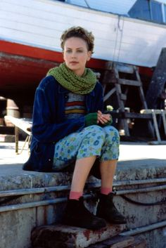 Charlize Theron as ''Sara Deever'' in the film ''Sweet November''. 2001.