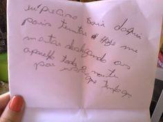 Paciente escreve bilhete e diz que houve tentativa de morte em UTI   Médica do Hospital Evangélico, em Curitiba, foi presa suspeita de mortes. Advogado disse que não há provas contra Virgínia Soares. http://mmanchete.blogspot.com.br/2013/02/paciente-escreve-bilhete-e-diz-que.html#.USZYuKVQGSo