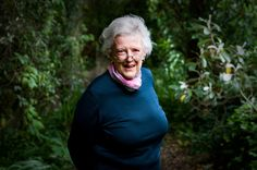 Children's book author Margaret Mahy and one of New Zealand's most acclaimed literary figures died today. Margaret Mahy, Kinds Of Reading, House Of Turquoise, Home Pictures, Children's Literature, Passed Away, Book Authors, New Zealand, Storytelling