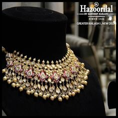 Best Ideas For Jewerly Wedding Necklace Bling Real Gold Jewelry, Golden Jewelry, Gold Jewellery Design, Indian Jewelry, Fancy Jewellery, Temple Jewellery, Diamond Jewellery, Diamond Earrings, Stylish Jewelry