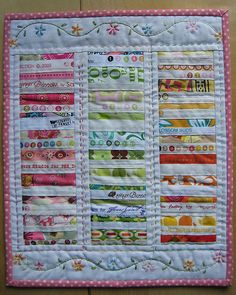 tiney selvage quilt ~ maybe a doll quilt? Scrappy Quilts, Mini Quilts, Easy Quilts, Quilting Projects, Sewing Projects, String Quilts, Miniature Quilts, Doll Quilt, Small Quilts