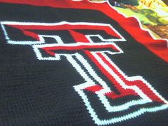 How awesome is this?! Free Texas Tech afghan pattern!