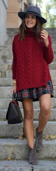 Burgundy Cable Knit Oversize Turtleneck by Lovely Pepa