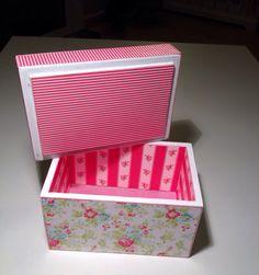 Cajas y joyeros hechos exclusivamente para tí, a qué esperas para recibir el tuyo? Escríbenos a info.madebyb@gmail.com. For more information: info.madebyb@gmail.com #scrap #scrapping #joyero #caja #handmade #hechoamano #papel #papelería #manualidades #papel #regalo