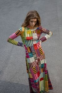 Missoni Resort 2018 Collection Photos - Vogue Source by fadoaschurer clothing 2018 Colorful Fashion, Boho Fashion, Fashion Show, Womens Fashion, Fashion Trends, Vogue Fashion, Fashion Styles, Runway Fashion, Fashion News