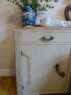 Vintage sideboard painted in Annie Sloan's Country Grey