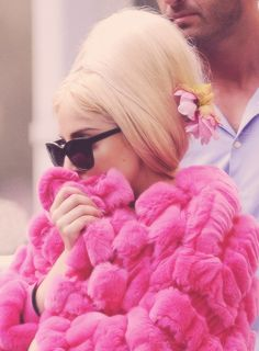 Gaga♡ but not the hair style.
