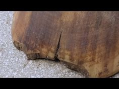 Fixing Cracked Hooves, Eliminate Quarter Crack and Toe Crack On Your Own by soaking in copper sulfite (sulfait? Beautiful Horse Pictures, Beautiful Horses, Horses And Dogs, Show Horses, Farm Animals, Animals And Pets, Horse Care Tips, Horse Anatomy, All The Pretty Horses