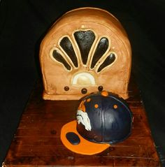 Woody's old time classic radio with Denver Broncos baseball cap cakes.