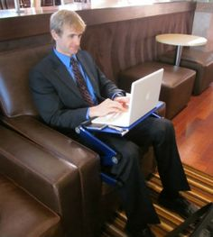 Use a laptop on the couch or chair? Executive gets your laptop off your lap! Stretch your legs, move around, and get comfortable. 3-section legs are stable on the couch. Aluminum panel keeps your laptop cool.