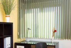 Stínící technika Anse pro soukromé i veřejné objekty - FWDS Europe, a. Pergola, Curtains, Home Decor, Blinds, Decoration Home, Room Decor, Outdoor Pergola, Draping, Home Interior Design
