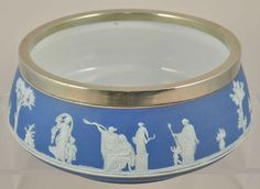 Large Antique Wedgwood Blue Jasperware Salad Bowl 19th Century