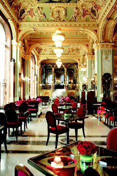 The New York Café, Boscolo Luxury Hotel, Budapest, Hungary. Ornate example of a fin de siècle Budapest cafe. Beautiful Hotels, Beautiful World, Beautiful Places, New York Cafe Budapest, Hotel Budapest, Budapest Travel, Hotels And Resorts, Best Hotels, Luxury Hotels