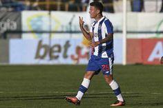 Otávio é a grande novidade no onze do FC Porto para o jogo com o Vitória de Setúbal. O jovem criativo brasileiro volta a equipa, ele que falhou o último jo