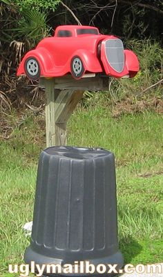 car mailbox Funny Mailboxes, Unique Mailboxes, Custom Mailboxes, Diy Mailbox, Mailbox Post, Mailbox Ideas, Mailbox Designs, Antique Mailbox, You Have Mail