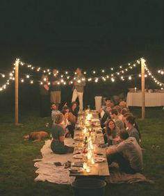 outdoor dinner party inspiration // the fresh exchange q lindo for an outdoor party o picnic! Outdoor Dinner Parties, Outdoor Entertaining, Party Outdoor, Picnic Parties, Outdoor Cocktail Party, Home Parties, Outdoor Fun, Outdoor Wedding Lights, Outdoor Sweet 16
