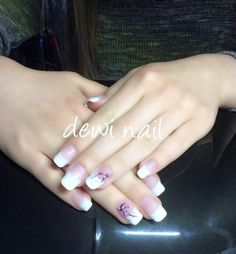 French nail with cherry Blom