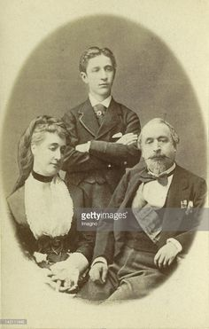 Emperor Napoleon III of France in his Exile in Chislehurst near London with empress Eugénie and the Son Napoléon Eugène Louis Bonaparte. Photograph. August 1872.