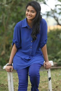 Keerthi Suresh aka Keerthy Suresh is an actress in the South Indian film industries. Keerthy was a child actress in the . Bollywood Actress Hot Photos, Beautiful Bollywood Actress, Tamil Actress Photos, Beautiful Girl Indian, Most Beautiful Indian Actress, South Actress, South Indian Actress, Indian Photoshoot, Girl Fashion Style