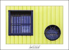 321/365 - Dos ventanas. Miguel A. de la Cal. Alcorcón. DelaCal. www.fotobodadelacal.es