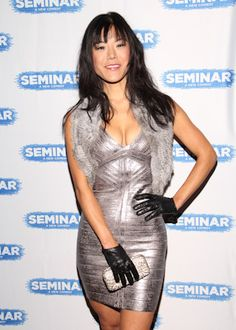 Hettienne Park rocking the Silver Bandage Dress partnered with her black  leather gloves. So gorgeous e0b7480a7