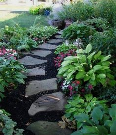 74 Cheap And Easy Simple Front Yard Landscaping Ideas (44) #SimpleLandscaping #landscapingdiy
