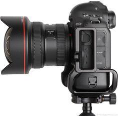 Canon EF 11-24mm f/4L USM Lens Side View