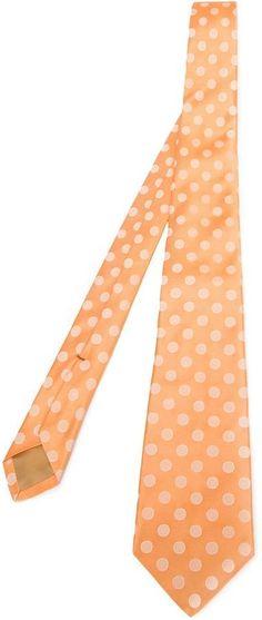 €165, Orange gepunktete Krawatte von Kiton. Online-Shop: farfetch.com. Klicken Sie hier für mehr Informationen: https://lookastic.com/men/shop_items/328450/redirect