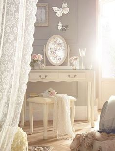 20+ Romantic Shabby Chic Bedroom Curtains Decorating Ideas