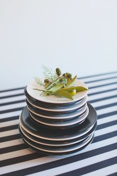 Classic black & white dishes / Photography By / http://hellolovephoto.com,Florals By / http://petalfloraldesign.com/