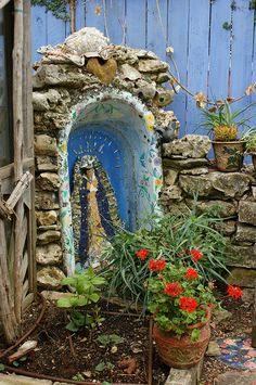 St. Mary in the bathtub garden art by KarlGercens.com, via Flickr